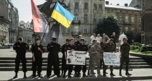 «Правий сектор» дав головному міліціонеру Львівщини тиждень на зміни