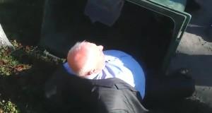 """""""Правий Сектор"""" викинув головного лікаря Теребовлянської районної лікарні у смітник"""