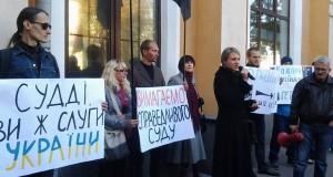 """Андрія Тарасенка  суд повернув у виборчий список """"Правого сектора"""""""
