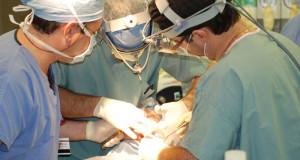 У Львові воїнів АТО безкоштовно оперуватиме щелепно-лицевий хірург