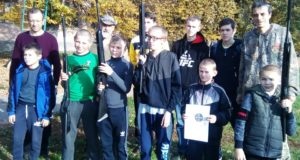 «Снайпер в кожній хаті»: «Об'єднання добровольців» у Черкаській області провело стрілецький вишкіл для школярів