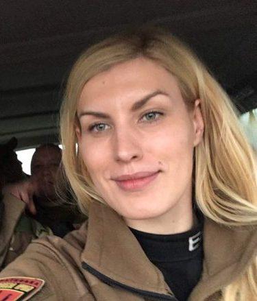 Бійці та активісти «Об'єднання добровольців» щиро вітають із Днем народження свого керівника Олену Живко!
