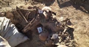 """Пошуковий загін """"Об'єднання Добровольців Хмельниччини"""" знайшов невідому могилу бійців 1944 року"""